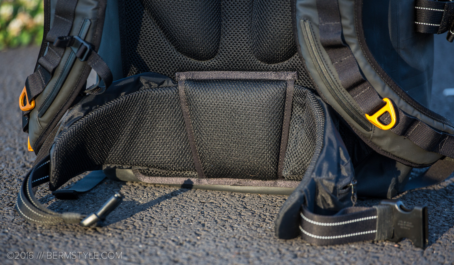 showers pass transit backpack review