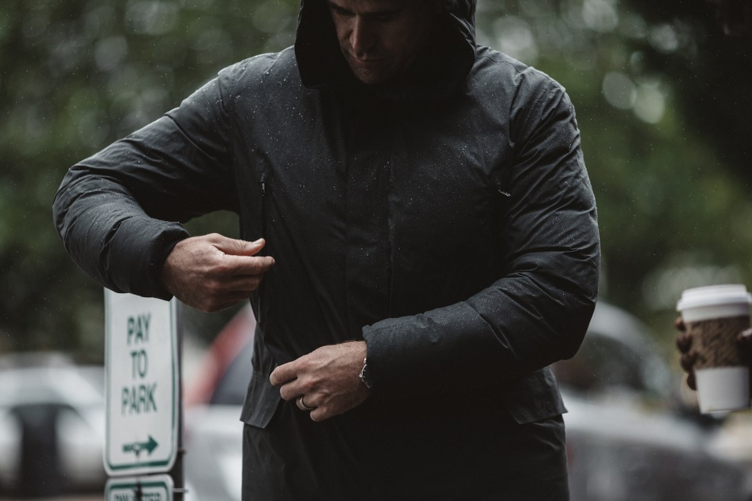 lululemon stay puff parka review